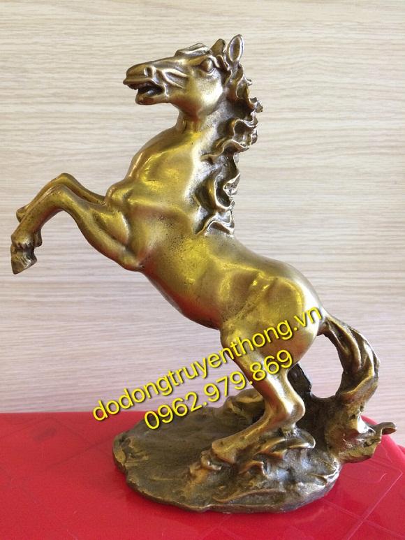 Tặng sếp ngựa bằng đồng vô cùng độc đáo và ý nghĩa