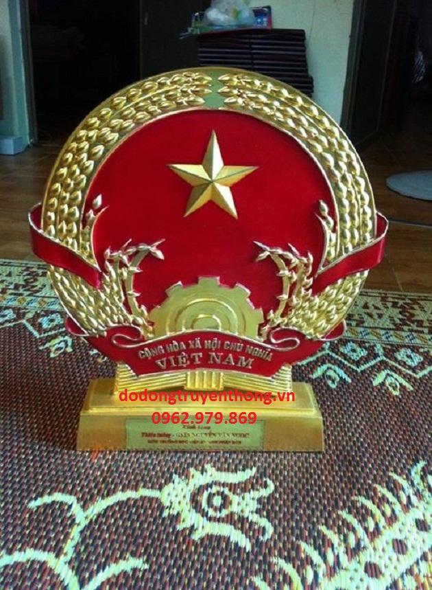 Đúc quốc huy bằng đồng quà tặng ý nghĩa