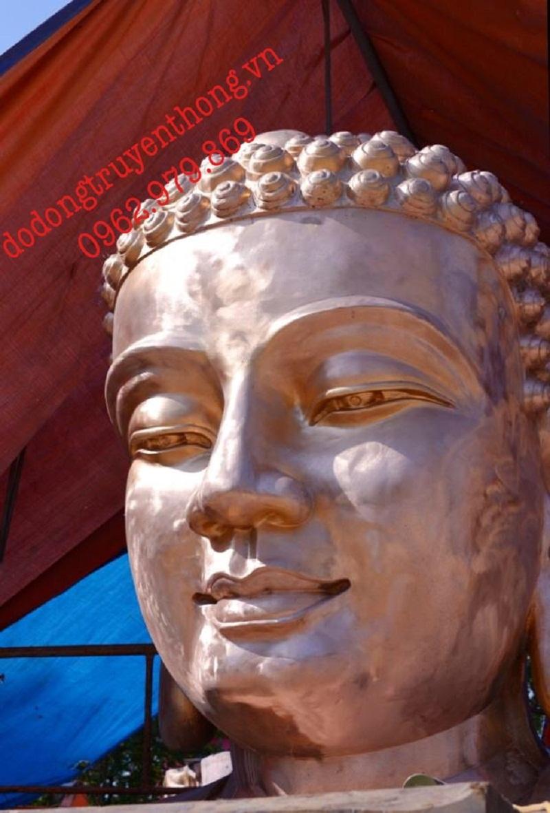 Đúc tượng phật thích ca tại Việt Nam Quốc Tự bằng đồng